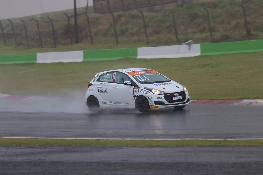 Copa HB20: Favarin/Odair vencem a segunda no ano sob dilúvio em Cascavel