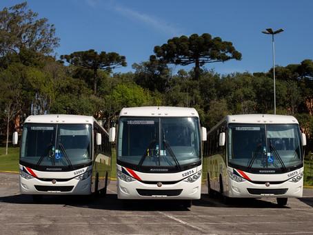 Mercedes-Benz vende 123 ônibus de fretamento para operadora RCR de Recife