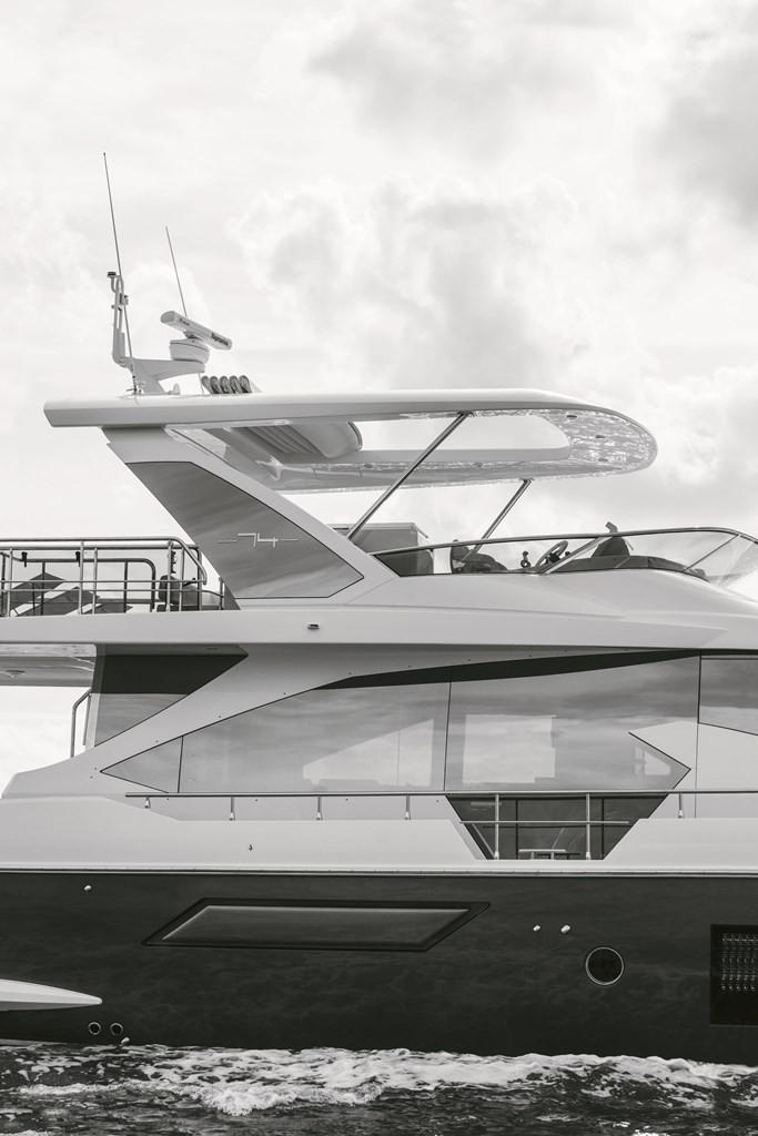 Azimut inaugura espaço no Iate Clube de Santos e expõe as embarcações 56 e 74