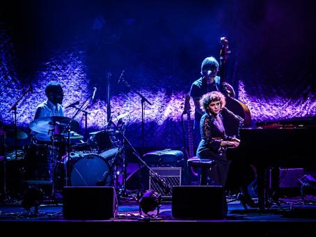 Norah Jones iniciou série de shows pelo Brasil