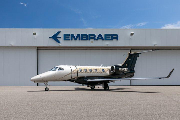 Aviação: Embraer anuncia mais 900 demissões no Brasil