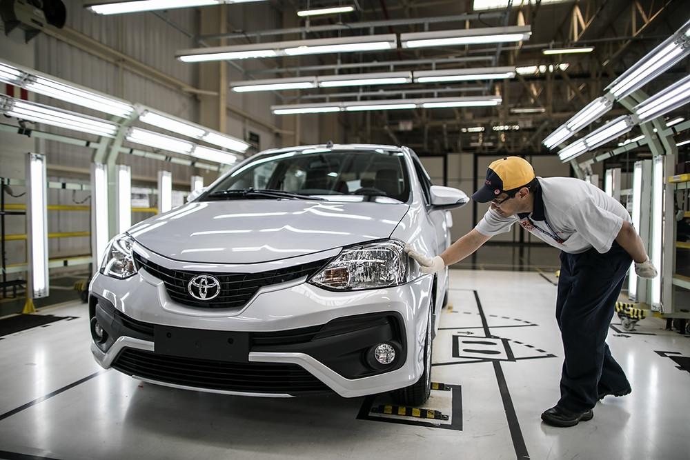 Toyota comemora 500 mil Etios produzidos no Brasil