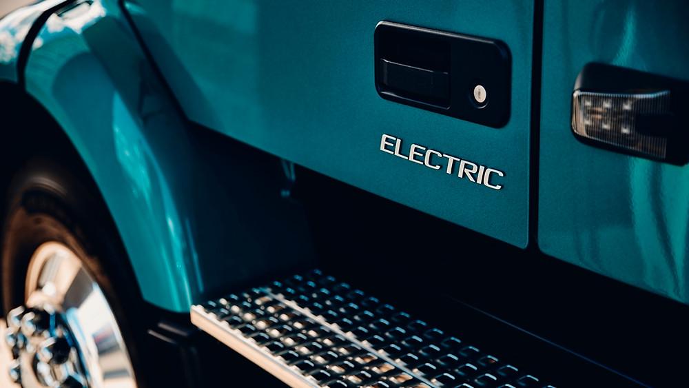 Volvo anuncia início de comercialização de caminhões elétricos também na América do Norte