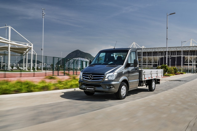 Mercedes-Benz lidera as vendas de comerciais leves em 2018 com a Linha Sprinter