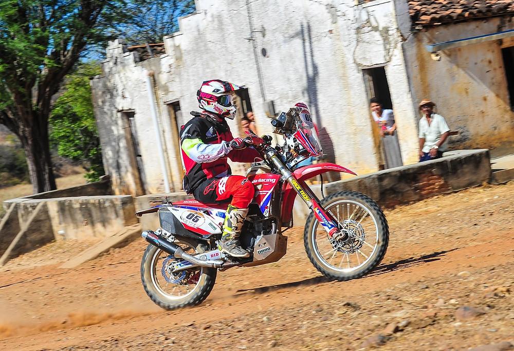 Tunico Maciel conquistou o Rally dos Sertões pela primeira vez