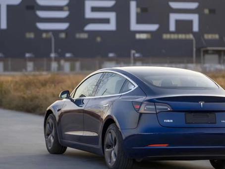 Expressas: Tesla bate recorde de vendas na China