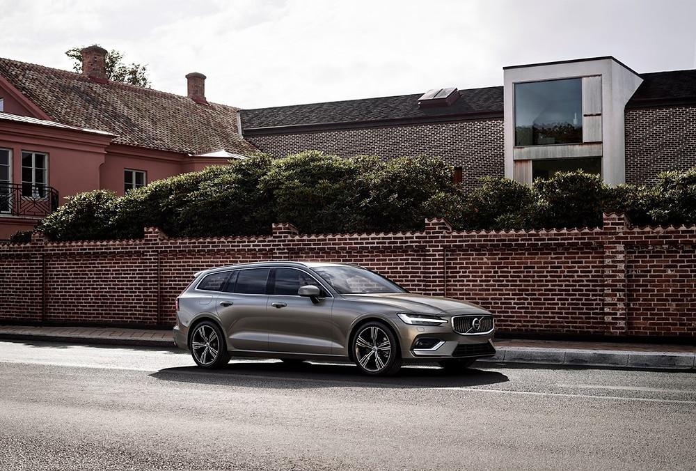 Volvo Cars apresenta a versátil perua familiar V60