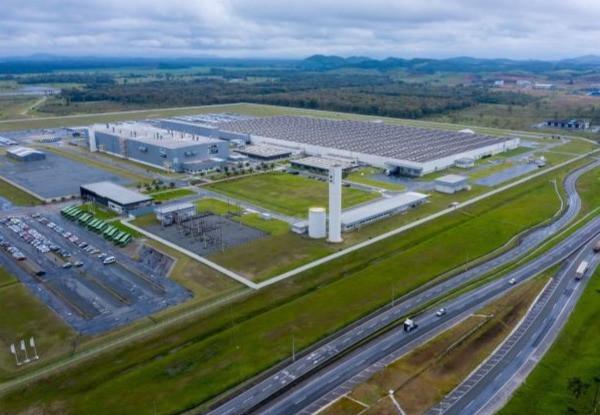 BMW do Brasil informou que vai aumentar em 10% a produção em sua fábrica em Araquari