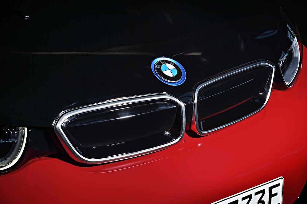 Expressas: BMW utilizará software para sentir a estrada