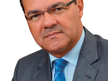 Besaliel Botelho é reeleito presidente da AEA para o biênio 21/22
