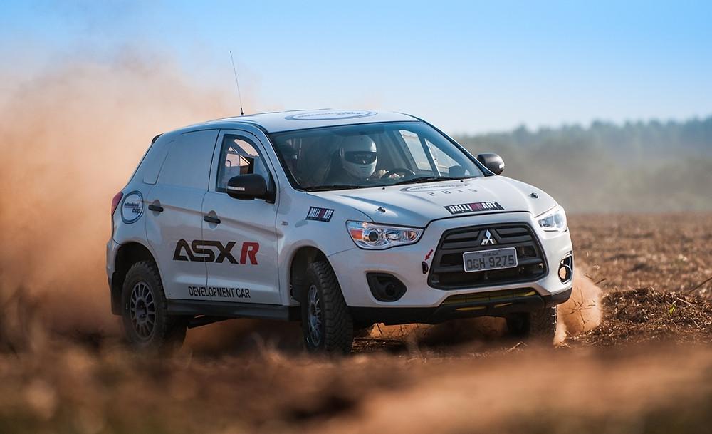 Guilherme Spinelli, diretor da Ralliart Brasil, fala sobre os modelos ASX de competição e a Mitsubishi Cup