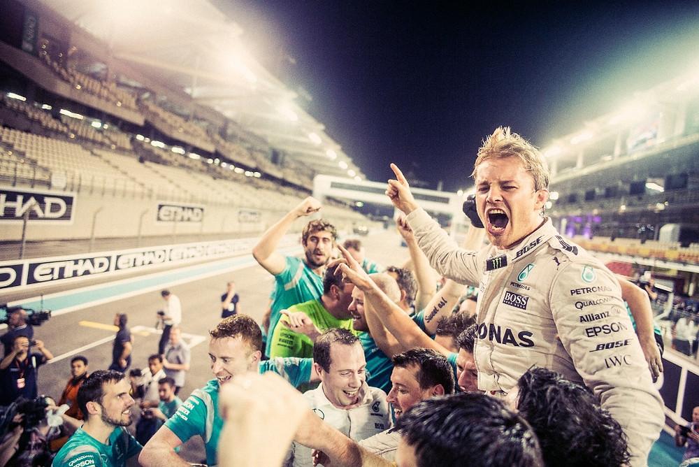 Nico Rosberg surpreende o mundo da Fórmula 1 e abandona categoría após título