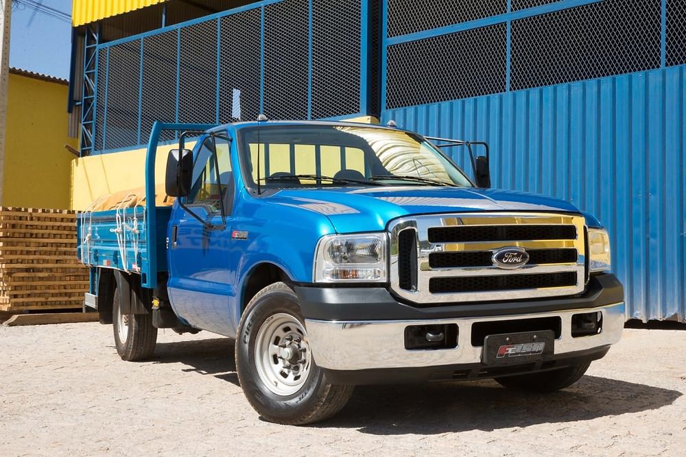 Ford volta a liderar nas vendas de caminhões leves e semileves