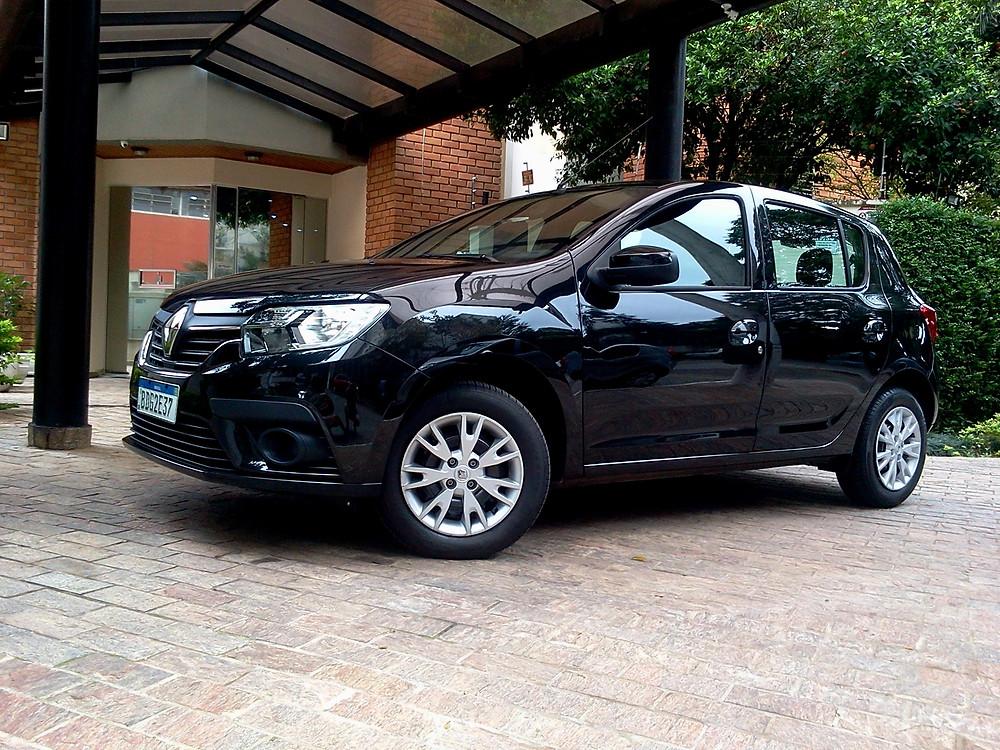 Avaliação: Renault entrega Sandero na versão 1.6 Zen de câmbio manual com preço competitivo