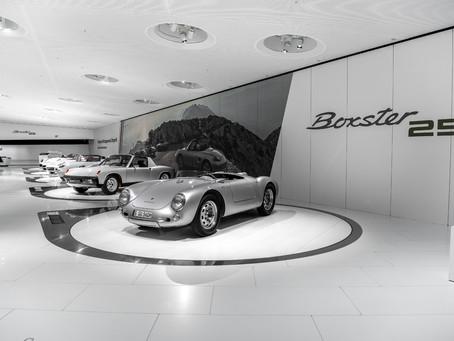 """Tour virtual à exposição especial """"25 Anos do Boxster"""" no Museu da Porsche"""
