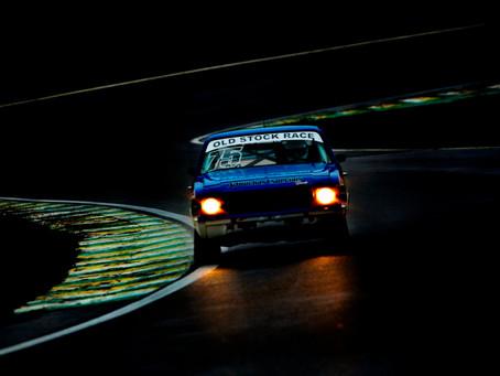 Old Stock Race tem prova noturna em Interlagos, resgatando o charme do automobilismo
