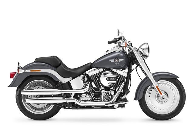 Harley-Davidson apresenta linha 2016