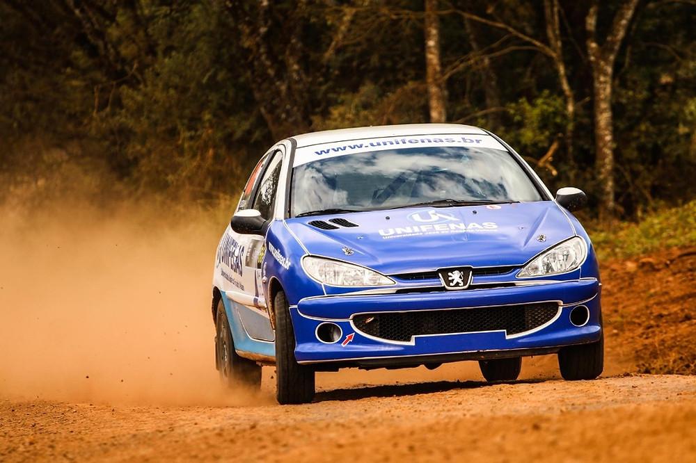 Rally: Victor Corrêa vence na categoria RC5 e assume liderança