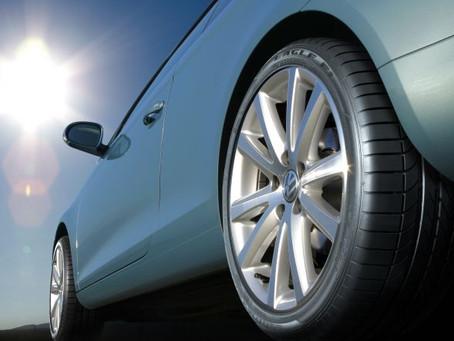 Entenda como o meio-fio pode ser o vilão do seu pneu