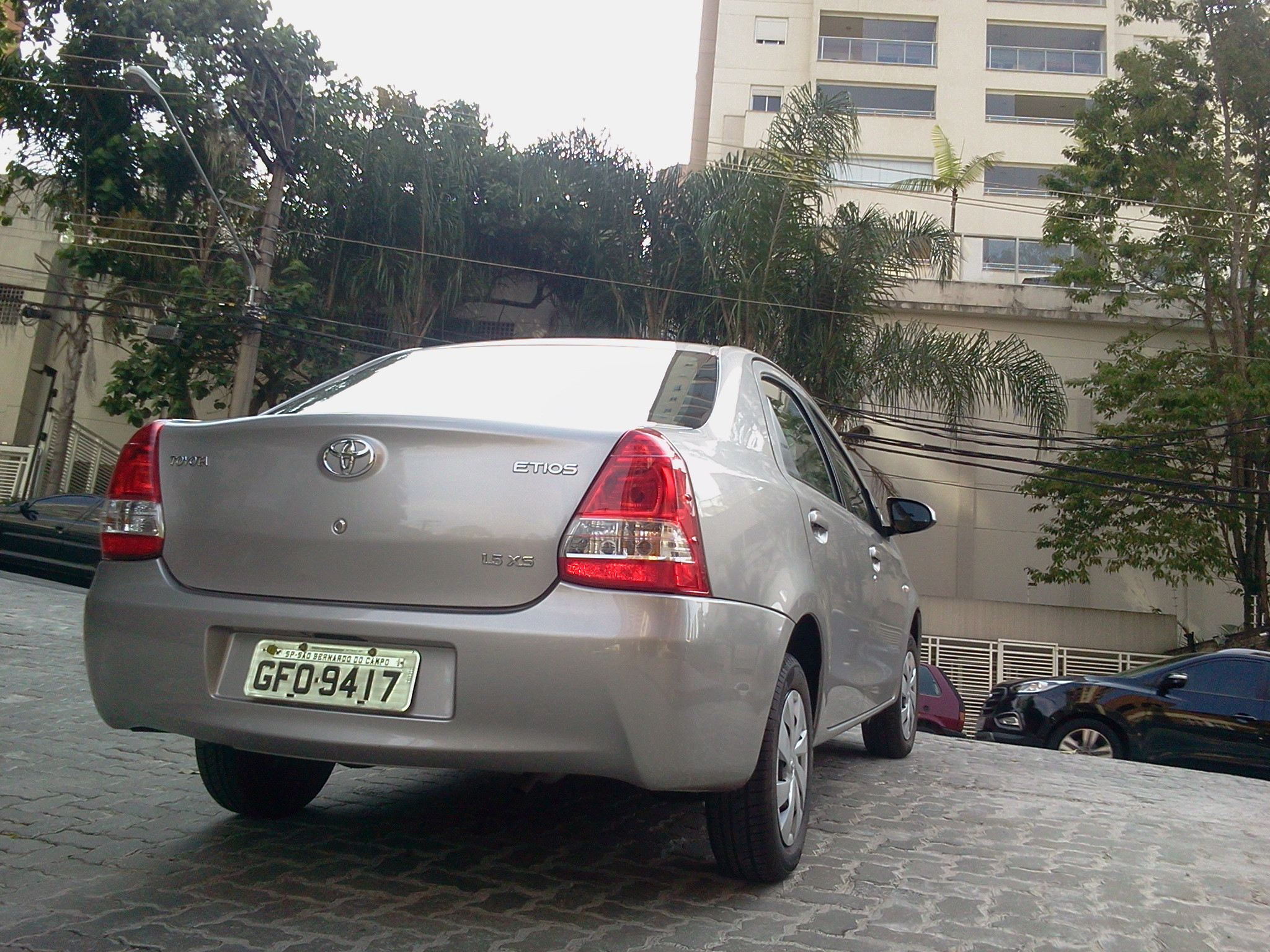 Toyota Etios Sedan 1.5 XS AT