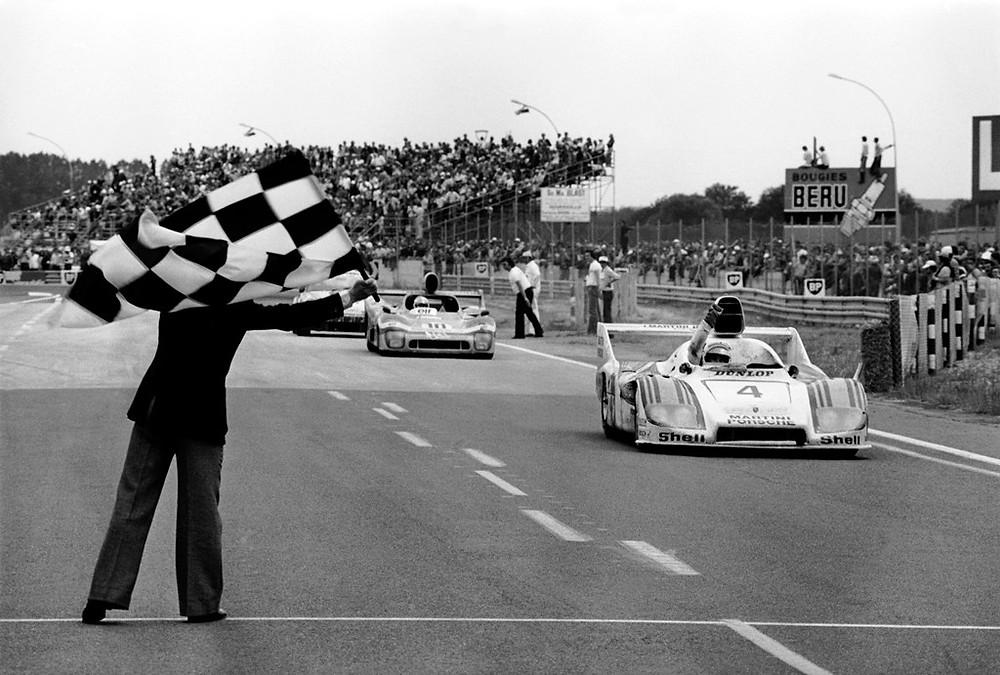 1977: Le Mans vitória na classificação geral: Porsche 936 Spyder com Jürgen Barth, Hurley Haywood e Jacky Ickx