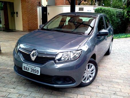Avaliação: O Renault Logan com o novo motor 1.0 Sce ficou mais ágil e eficaz