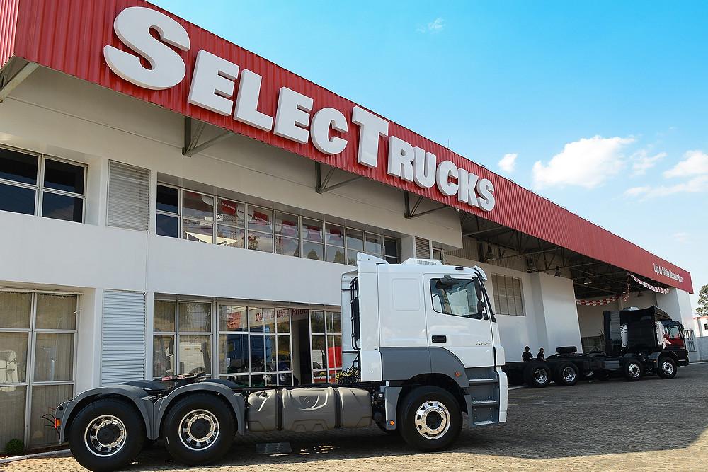 Mercedes-Benz abre loja SelecTrucks em Betim, e se consolida no mercado dos caminhões seminovos.
