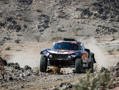Dakar 2021: Primeira etapa teve desafio de navegação, muitas pedras e vitória de Carlos Sainz