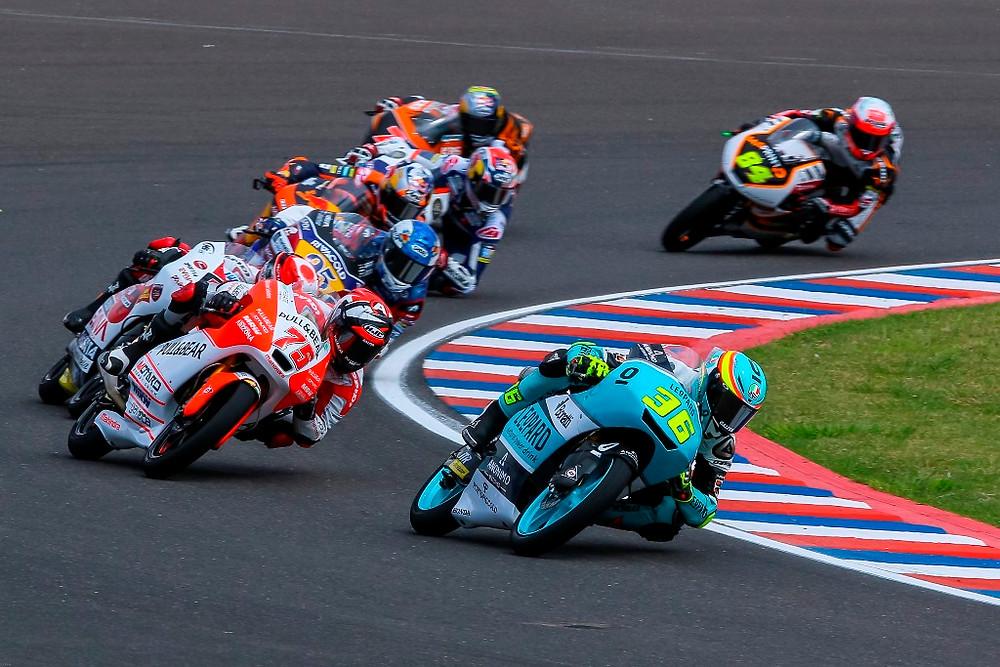 Joan Mir faz uma corrida brilhante e vence GP da Argentina pela Moto3