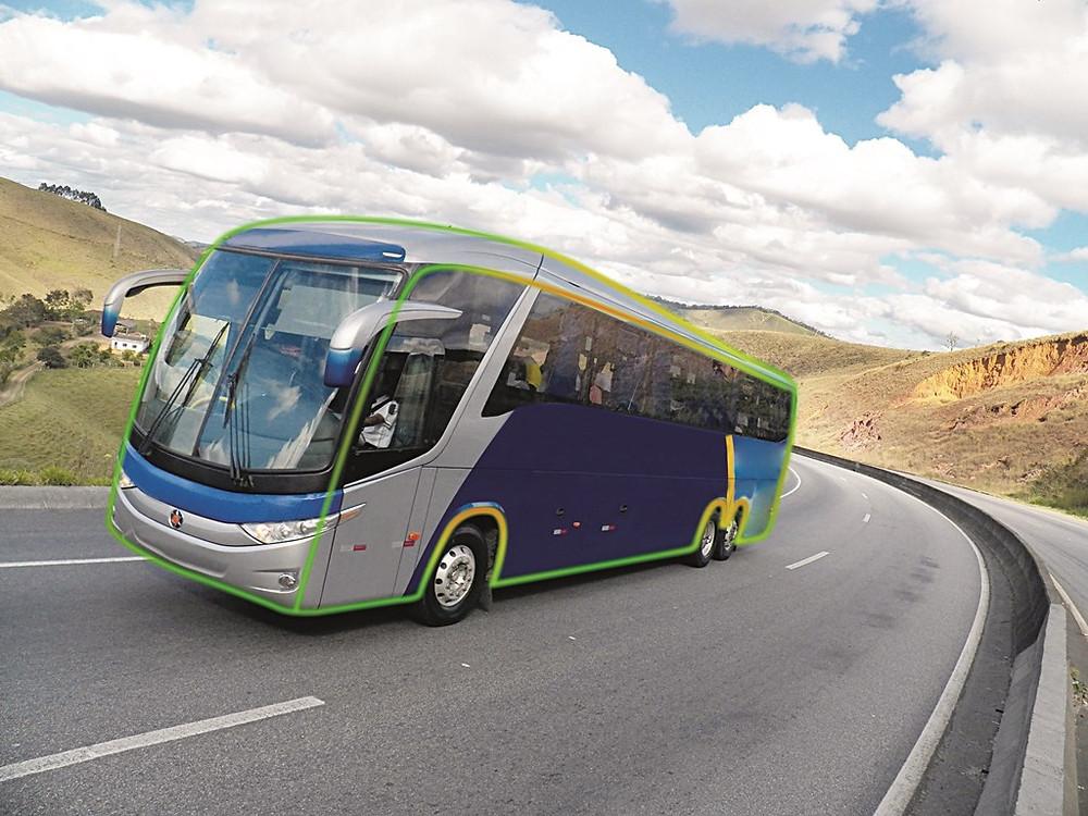 Marcopolo obtém importante certificado internacional em tombamento de carrocerias de ônibus