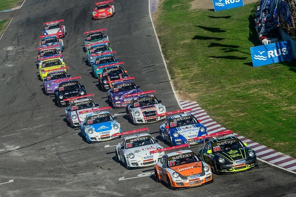 Rodrigo Baptista e Eloi Khouri dominam as disputas em Buenos Aires na Porsche Império GT3 Cup