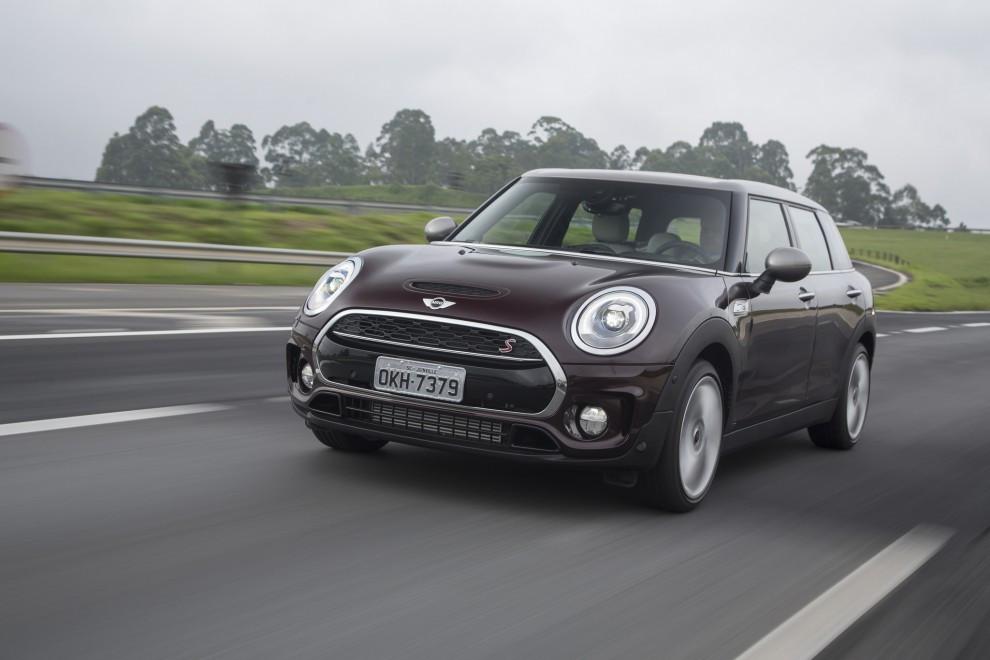 Por R$ 152.950,00 chega a nova versão Exclusive do Cooper S Clubman
