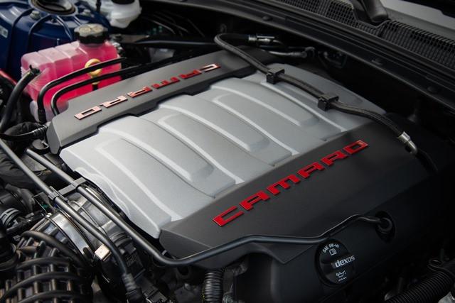 Novo Camaro chega no inicio de 2019 em duas carrocerias e motor 6.2 V8 de 461 cv