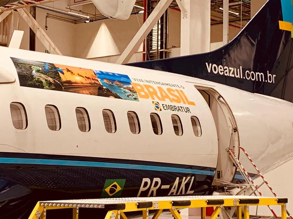 Aviação: Azul adesiva aeronaves, para promover o turismo doméstico