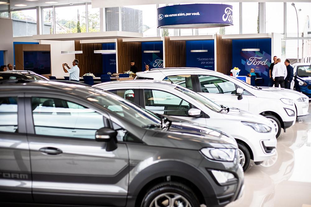 Ford inaugura concessionária em São José dos Campos