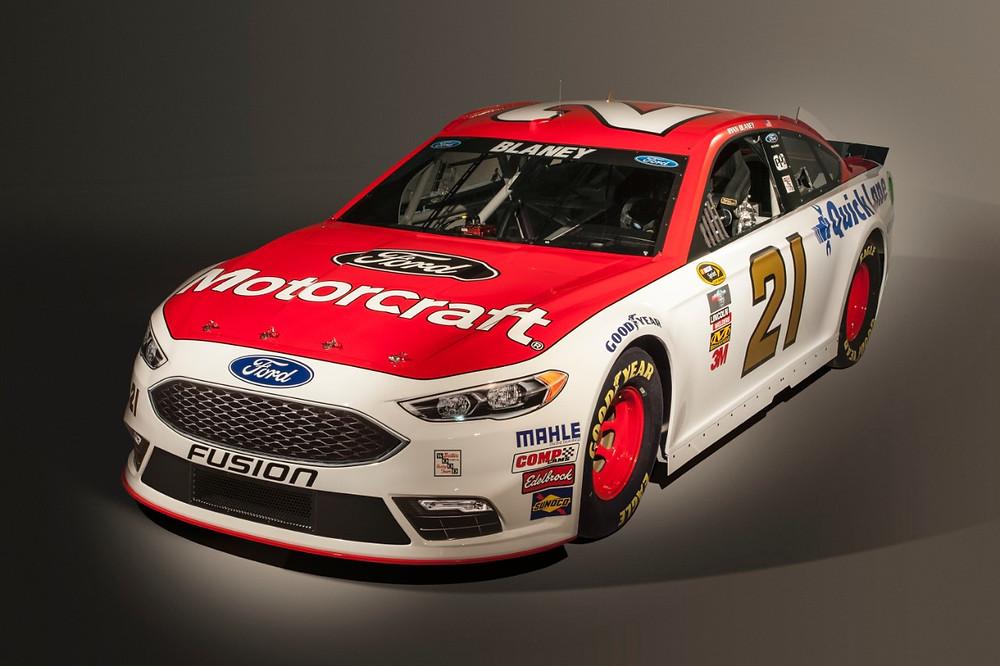 Versão do novo Fusion para a NASCAR, também já tem estreia marcada
