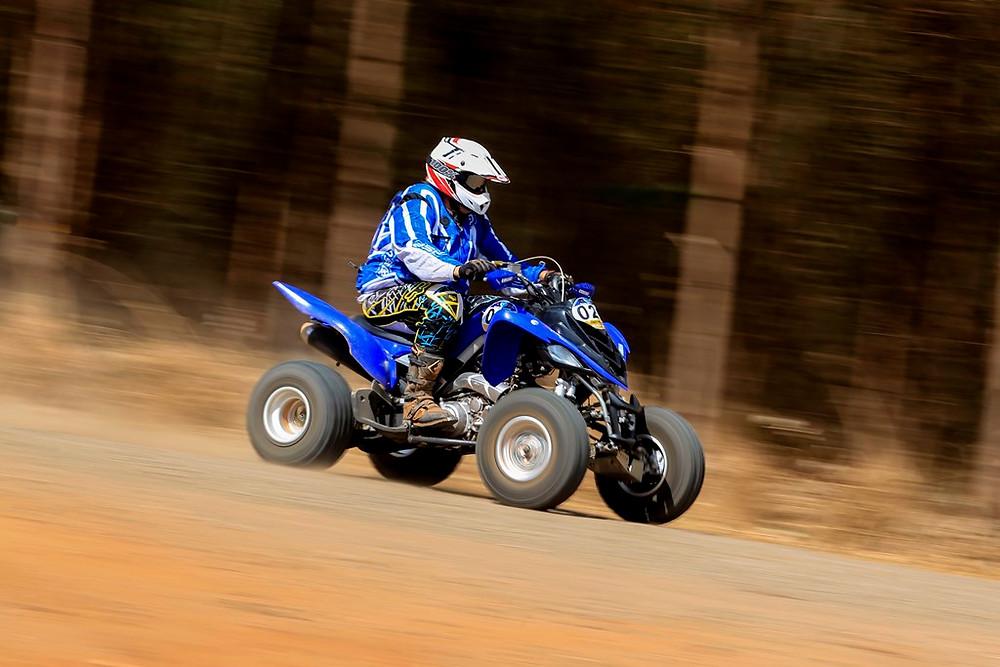 Eduardo Birkman, Yamaha Raptor 700, é o vencedor nos quadriciclo