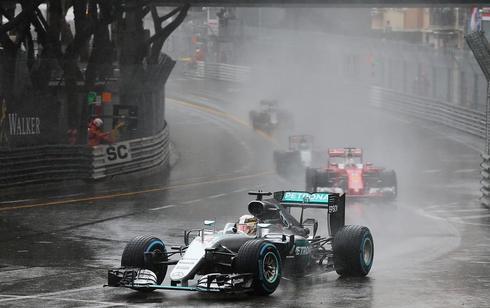 Lewis Hamilton se reencontra com a vitória no GP do Mônaco