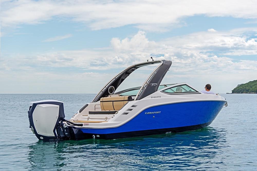 Focker 242 GTO outboard Fibrafort