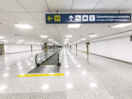 Maior esteira da América Latina, com 100 metros, é instalada no Aeroporto do Galeão