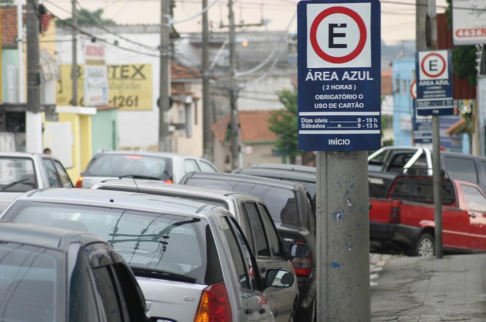 Recente opção em São Paulo, Zona Azul Digital comercializou 125.702 cartões em julho