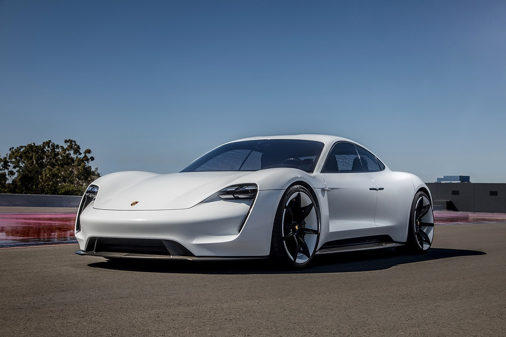 Mission E: o primeiro carro totalmente elétrico da Porsche vai chamar-se Taycan