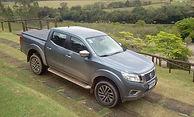 Nissan Frontier XE  Uma das mais capacitadas e elegantes picapes do Brasil.