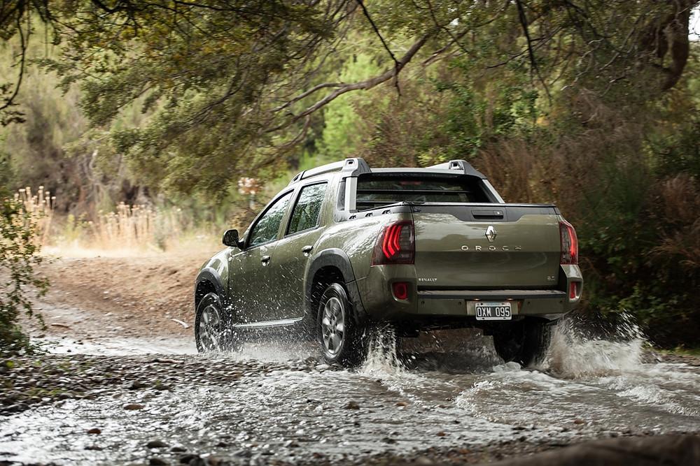 Renault inicia vendas da Duster Oroch na Argentina. Modelo é fabricado em São José dos Pinhais