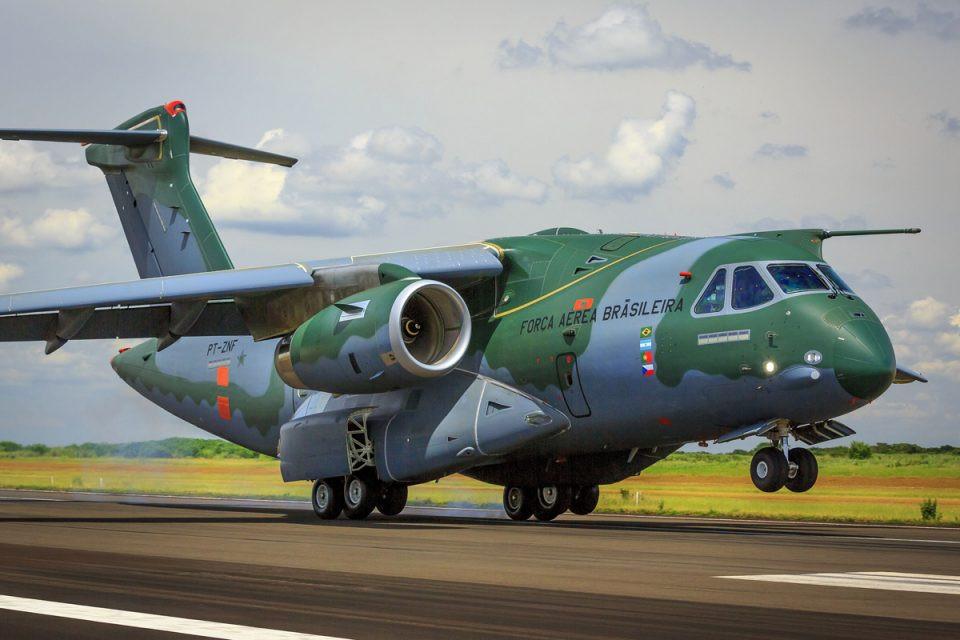 Portugal anuncia pedido firme para cinco aviões multimissão KC-390