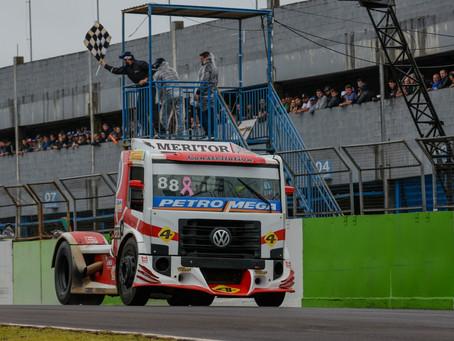 Copa Truck: Vitórias em Cascavel para Beto Monteiro e Paulo Salustiano, que empatam na ponta do camp