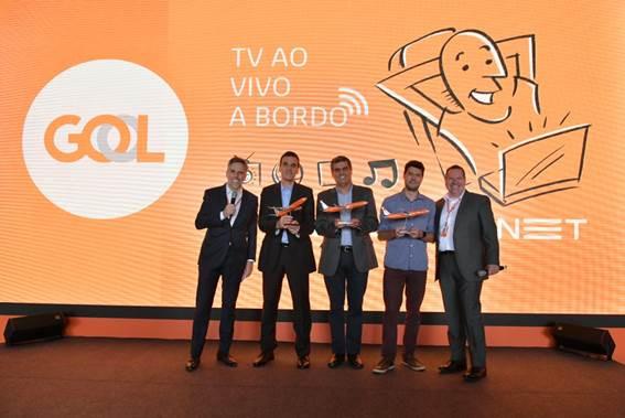 Da esquerda para direita: Paulo Kakinoff (GOL), Daniel Barros (Claro NET), Gustavo Fonseca (Globo), Daniel Cruciani (Globosat), Paulo Miranda (GOL)