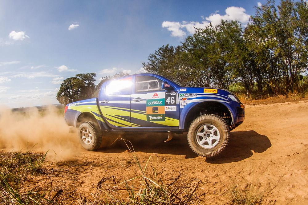 Na L200 Triton ER, Thiago Rizzo e Cadu Sachs vencem etapa de sábado em Jaguariúna