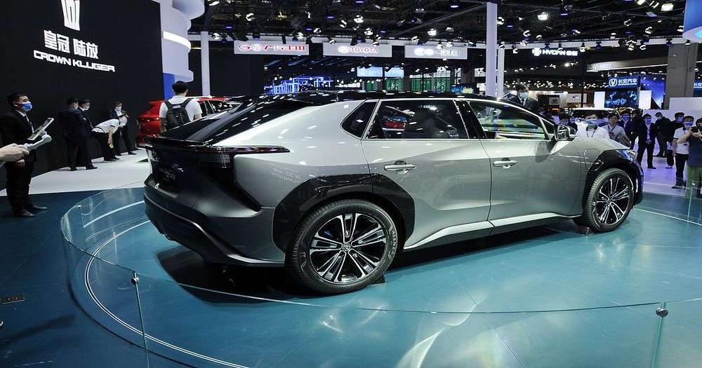 Expressas: Conceito bZ4X apresentado pela Toyota no Shanghai Auto Show