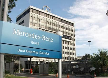 Mercedes-Benz interrompe atividades produtivas no Brasil a parir de dia 26 de Março
